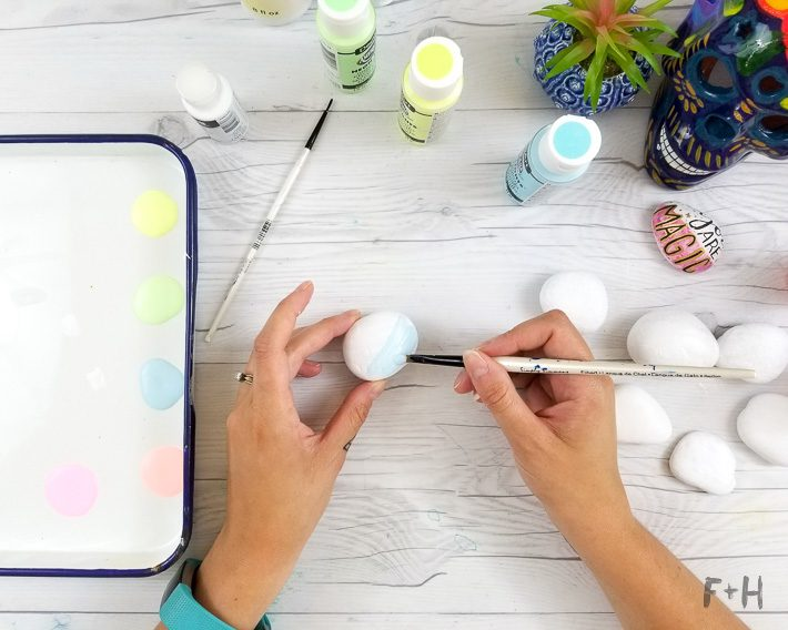 best paint for painting rocks